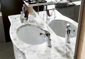 Top bagno in marmo Bianco di Carrara
