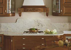 Top cucina classica in granito con schienale sagomato